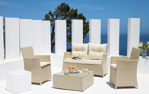 cool chauffeuse uac angle uac pouf uac table basse uac fauteuil uac lanternes cme maisons du. Black Bedroom Furniture Sets. Home Design Ideas