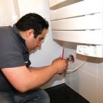 Choisir et installer un radiateur s che serviettes lectrique decorer sa ma - Branchement seche serviette electrique ...