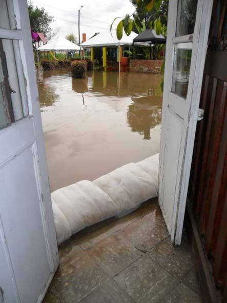 floodsax le sac malin anti inondation decorer sa. Black Bedroom Furniture Sets. Home Design Ideas