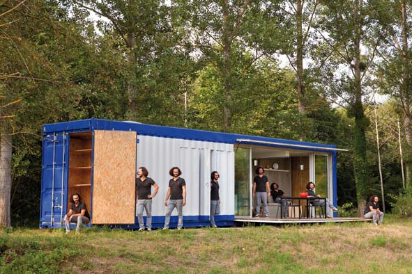 Is re volume le container devenu maison decorer for Acheter une maison avec locataire