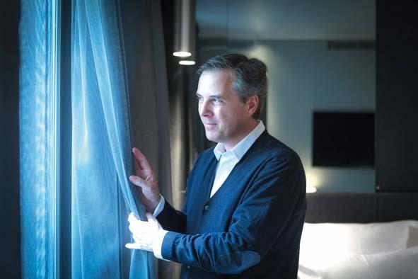 Olivier Lapidus : De la couture au design