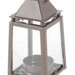 Lanterne photophore, hauteur 11 cm, différents coloris (3,95 €).