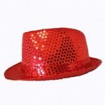 Chapeau à paillettes. Différents coloris (1,80 €).