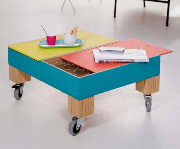 Cr er une table basse roulettes avec des caisses vin decorer sa - Creer sa table basse ...