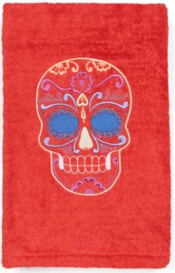 """Drap de plage """"Happy Skull"""" (125 €)"""