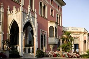 Cette villa est un des plus beaux monuments historiques de la Côte d'Azur.