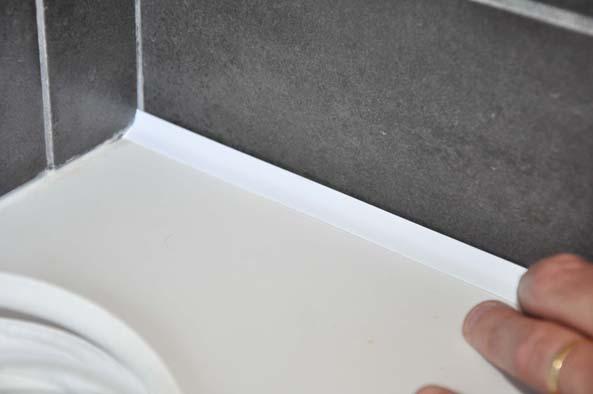 facile poser le joint atmostick pouse la perfection la surface les coins - Joint Pret A Poser Salle De Bain