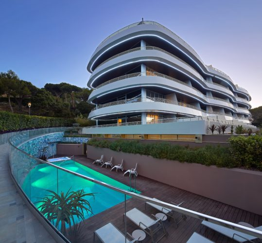 La Costa Brava en mode luxe à l'Alàbriga Hotel & Home Suites